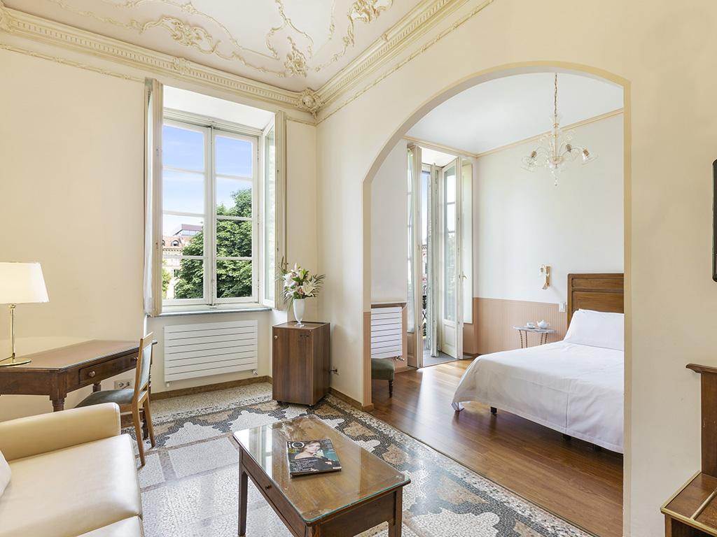 Roma e Rocca Cavour rooms